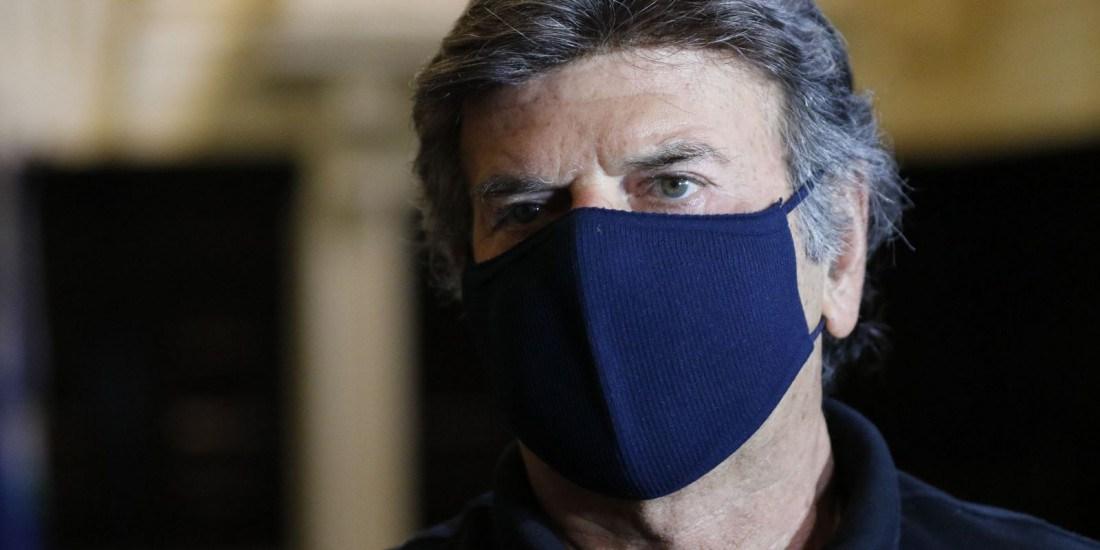 Nota branda de Fux contra Bolsonaro repercute mal redes sociais